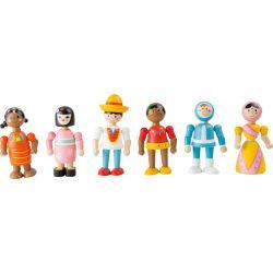 Figurines en bois tour du monde