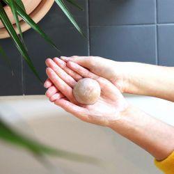 Nettoyant visage solide peau sèche et sensible